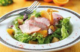Thành phẩm món salad ức vịt xông khói, món ngon từ ức vịt xông khói